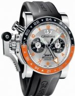 GrahamはChronofighterはビッグ日付のGMT 2OVASGMT.S01A.K10Bを特大